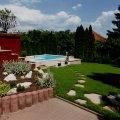 Elkészült kerti medence