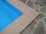 Csúszásmentes felületű gránit medence szegélykő