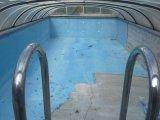 Egy úszómedence felújítás képekben